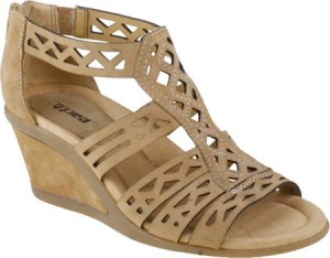 Earth Brand Petal sandals in camel